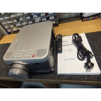 Seiko Epson EMP-7600 Professional XGA LCD Projector for Home Theatre or Multimedia Presentation