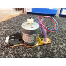 Hitachi VCR DC Loading Motor Assy MCA9B 2, 5961871, 557787, VT63, 50430-A, 594651