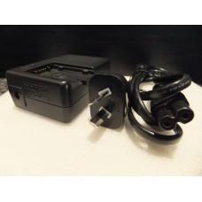 Hitachi Video Camera Camcorder Battery Charger AC Adaptor DZ-ACS1 DZACS1 TS18066, DZ-ACS2E DZACS2E TS19152, DZ-ACS3SW DZACS3SW TS19403